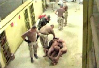US/UK tretiranje zarobljenika